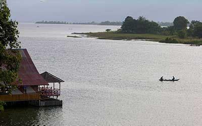 Ps 4 Ps 3 Lenkap Dan Terluas 5 danau paling luas di indonesia berjambang