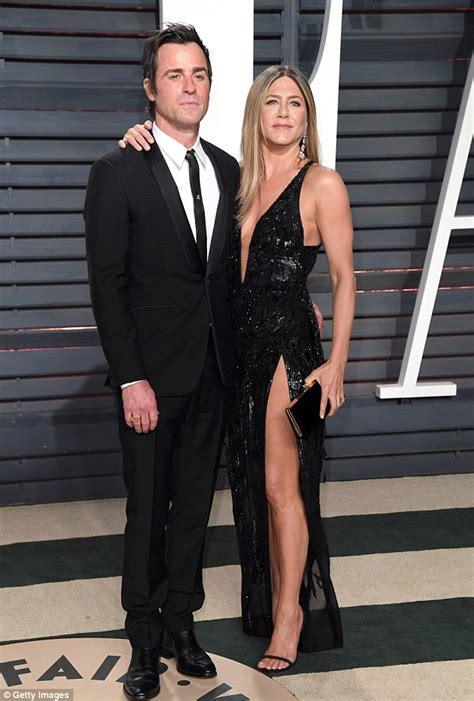 Brads Tells Jen He Still by Brad Pitt Has Been Texting Ex Aniston