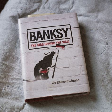libro banksy the man behind banksy the man behind wall von will pickture