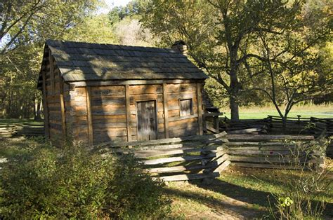 abraham lincoln kentucky home lincoln s boyhood home in hodgenville kentucky