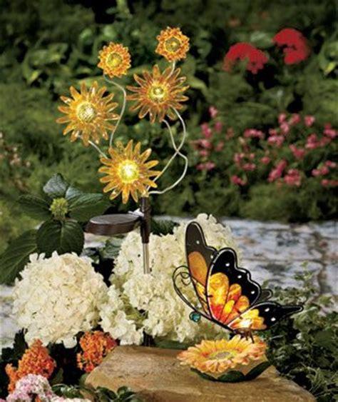 Solar Sunflower Garden Decor Great Ideas Cool Stuff Sunflower Garden Ideas
