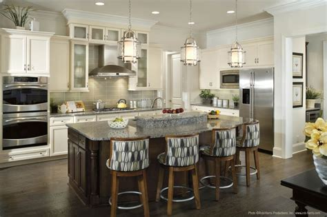 pendant lighting over kitchen island the perfect amount of accent lighting over this