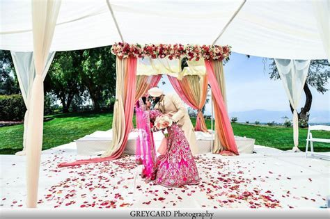 OUtdoor Sikh wedding, not in the Gurdwara. THey put a sub