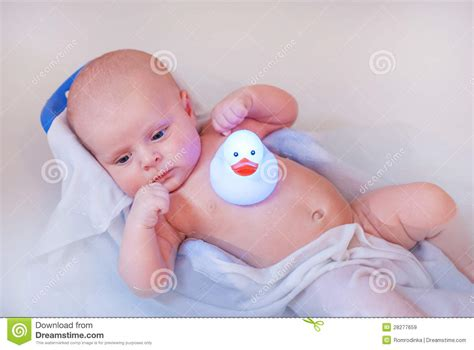 baby boy bathtub little baby boy taking bath in bathtub royalty free stock