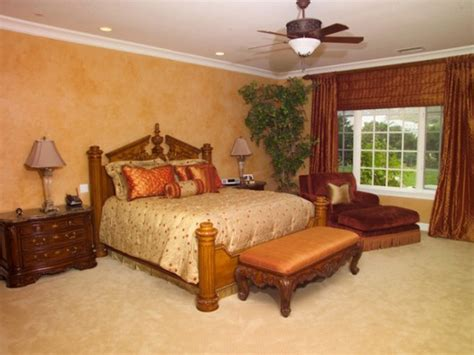 warm colors for bedrooms