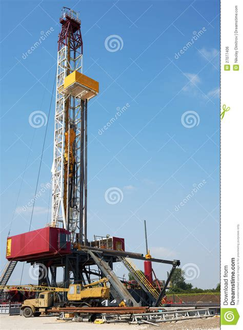 big drilling big petrol drilling machine royalty free stock image image 27077406