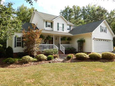 206 christine thomasville nc for sale 234 600