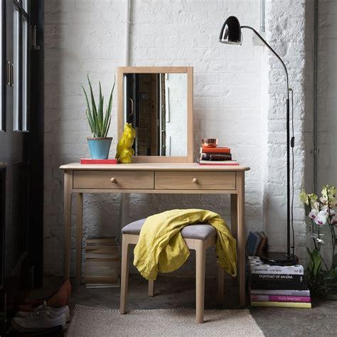 The Brick Vanity Table 25 Best Ideas About Dressing Table Modern On Pinterest Dressing Tables Modern Makeup Vanity