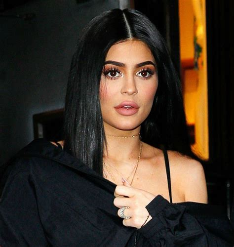 biography of kylie jenner kylie jenner height weight body measurements age bio
