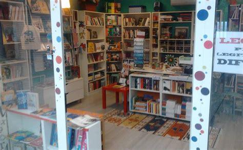 libreria centro commerciale roma est affitto vendita locali commerciali galleria commerciale