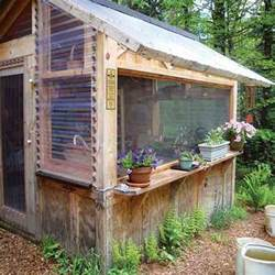 Free Woodworking Plans For Storage Beds by Try A Wood Pallet Project Diy Mother Earth News