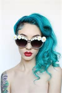 turquoise color hair turquoise hair daisies and oooooo i wanna do