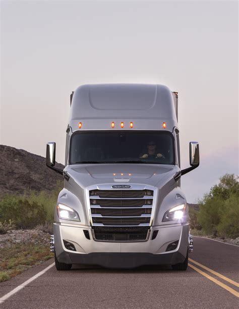 freightliner used trucks freightliner trucks unveils new cascadia truck