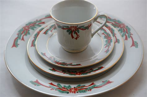 christmas dinnerware music search engine at search com