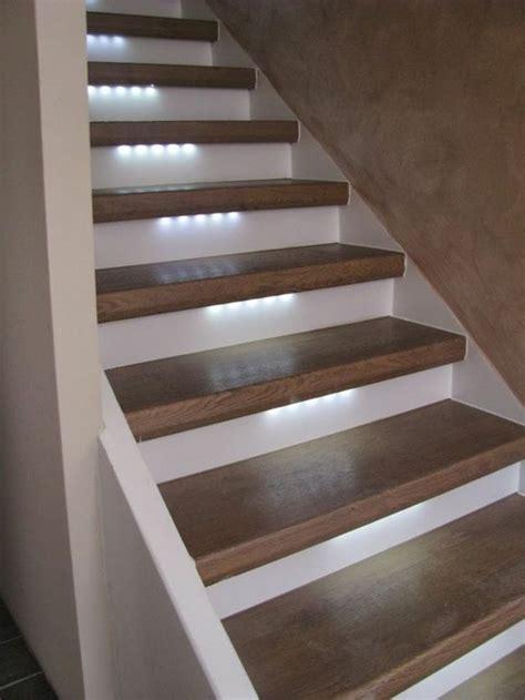 treppenaufgang beleuchtung 50 bilder und ideen f 252 r treppenaufgang gestalten