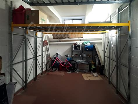 scaffale per garage scaffale per garage a soppalco con scaffali per garage e