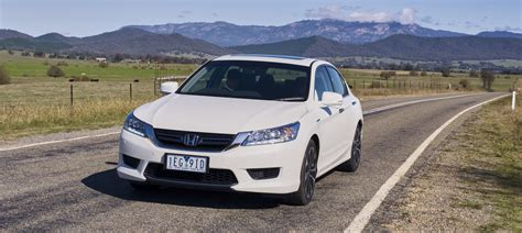 honda accord 2015 hybrid 2015 honda accord sport hybrid review caradvice