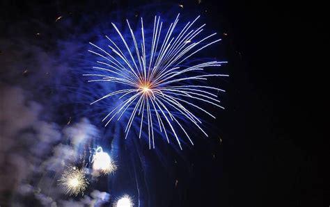 imagenes figurativas artificiales fotos del castillo de fuegos artificiales del jueves 16 de