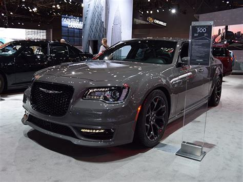 Dodge Chrysler Srt8 We Miss The Chrysler 300 Srt8 But Can This Replace It For
