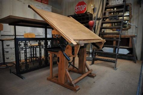 Drafting Table For Architects Adjustable Architect S Drafting Table 1920s At 1stdibs