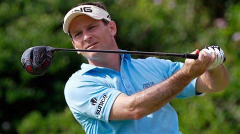 mark wilson golf swing whats in winners bags week jan 16 2011