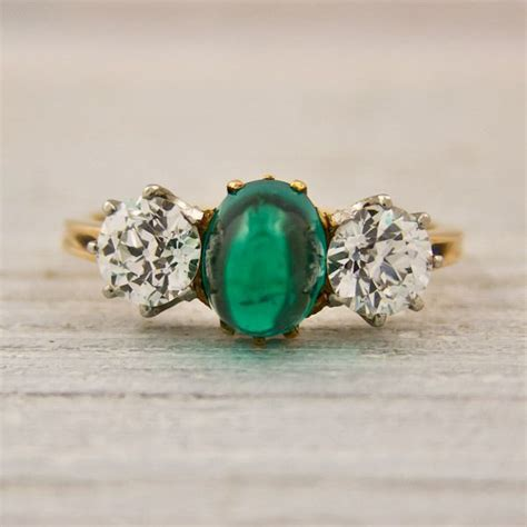 finds vintage engagement rings and wedding bands