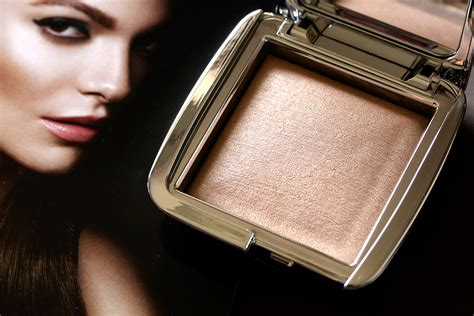 hourglass strobe lighting powder yeah it s time to highlight these hourglass ambient