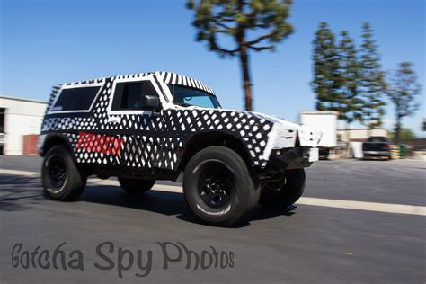 jeep bronco spied next generation ford bronco to use jeep wrangler
