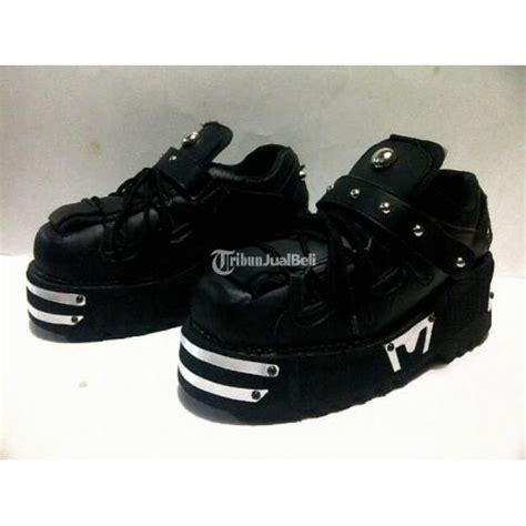 Sepatu Boot Rocker sepatu rock untuk pria barang baru bnwt bandung dijual