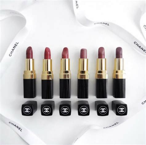 Lipstick Chanel Replika if your makeup doesn t smell right literally it s probably here s 5 ways to tell