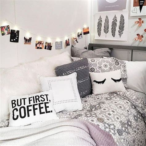 ideas for decorating your room cute diy dorm room decorating ideas on a budget 65