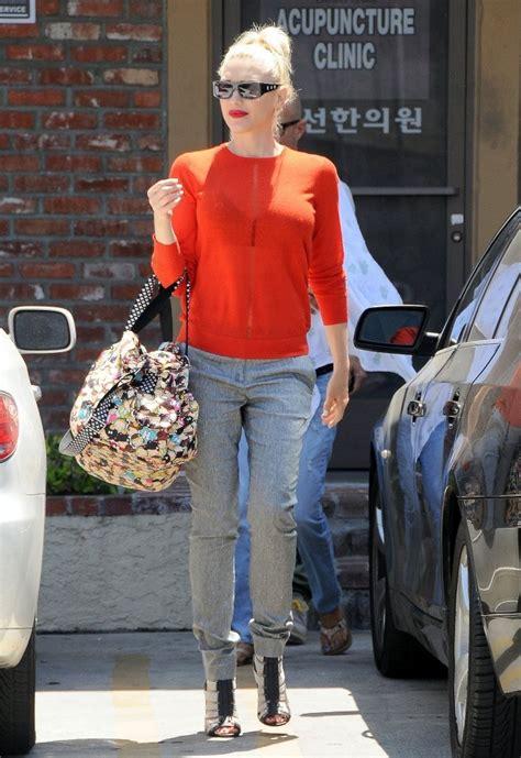 Get Look Gwen Stefanis Signature Tote by Gwen Stefani Printed Tote Gwen Stefani Looks Stylebistro