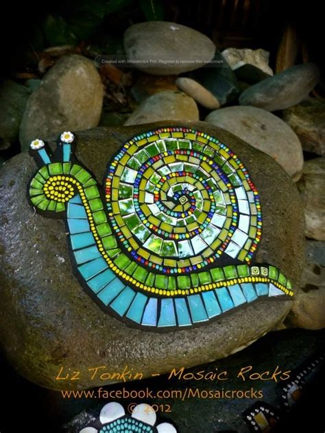 Mosaic Ideas For Garden Best 20 Mosaic Rocks Ideas On Pinterest Mosaic Ideas Mosaic Garden And Mosaic
