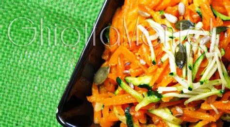 cucina asiatica ricette cucina asiatica carote e zucchine alla julienne saltate