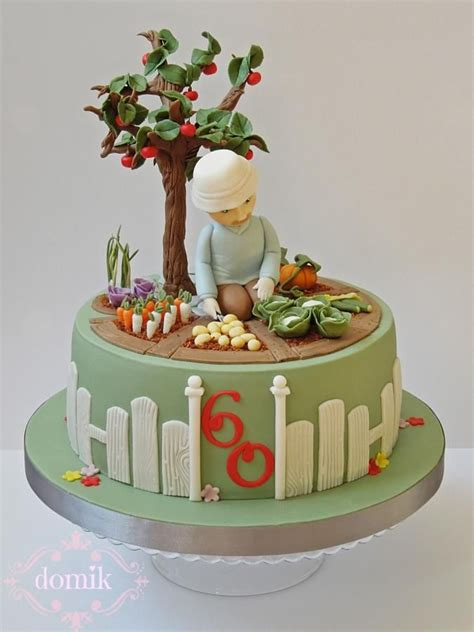 Keen Gardener Cake By Happy Caking By Domik Cakes In The Garden Cake Ideas
