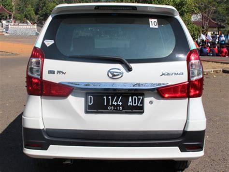 Lu Belakang Mobil Toyota Avanza yuk bikin pintu bagasi xenia lama jadi baru mobil123 portal mobil baru no1 di indonesia