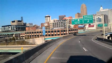 Cincinnati Ohio Search Interstate 75 As We Roll Into Downtown Cincinnati Ohio From Kentucky