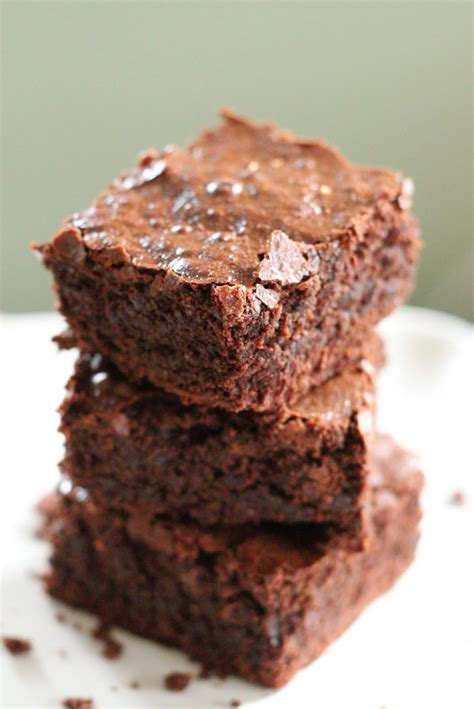 best chocolate brownies best healthier chocolate brownies