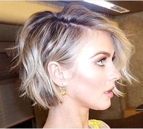 Pictures Of Womens Hairstyles by 25 Best Ideas About Popular Hairstyles On