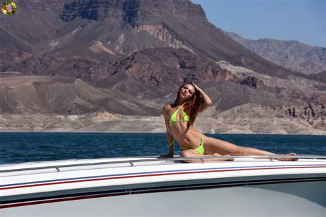 fast boats and bikinis the world s best photos of bikini and oops flickr hive mind