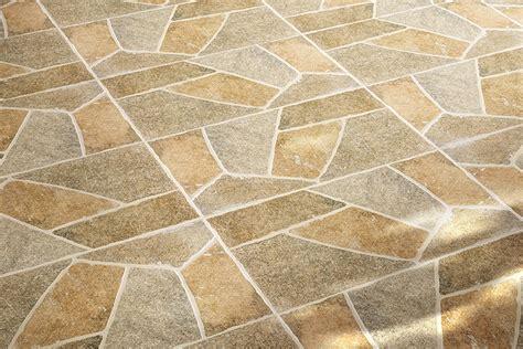 pavimenti per esterni in cemento stato pavimenti per esterni maxima beige 30 2x60 4 ceramiche