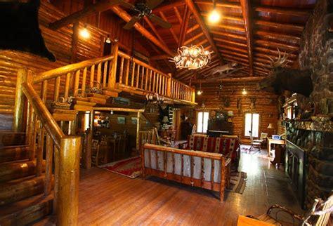 Shoshone Lodge Cabins by Shoshone Lodge Wy Home Log Cabins