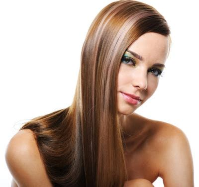 light brown hair with chunky blonde highlights:tattoo arema