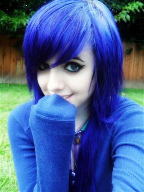 cute trap boys blue kool aid hair dye her hair was chocolate brown