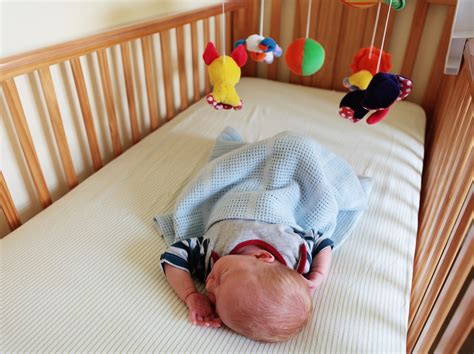 Baby Bumping On Crib by Study Shows Increase In Babies Deaths Due To Crib Bumpers