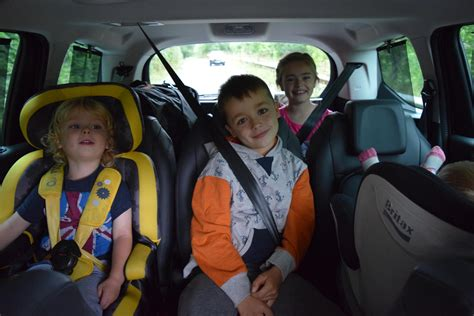 i wanna get you in the back seat windows up review peugeot 5008 7 seater mpv family fever