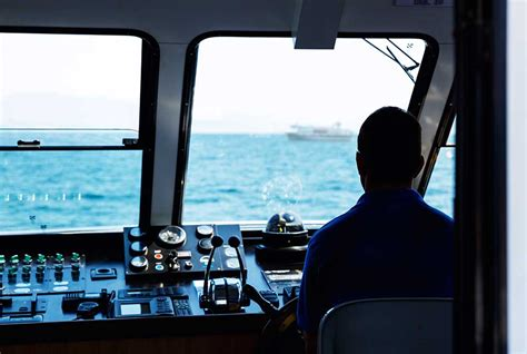 what is a water transportation worker and how to become one