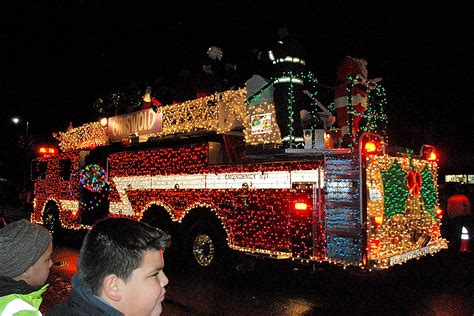 Montesano Awash With Color At Festival Of Lights Parade Festival Of Lights