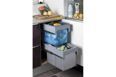 poubelle de cuisine tri s駘ectif 2 bacs les 22 meilleures images 224 propos de poubelles pour meuble