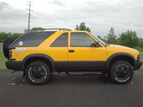 cool ls for sale buy used 2002 chevrolet blazer ls 2 door zr2 custom yellow